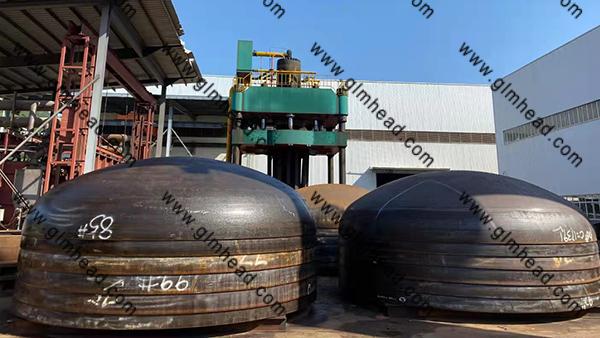 5500*18 SA516 Gr70N Carbon Steel Elliptical head